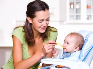 pierwsze danie niemowlaka