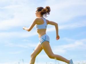 kobieta biega