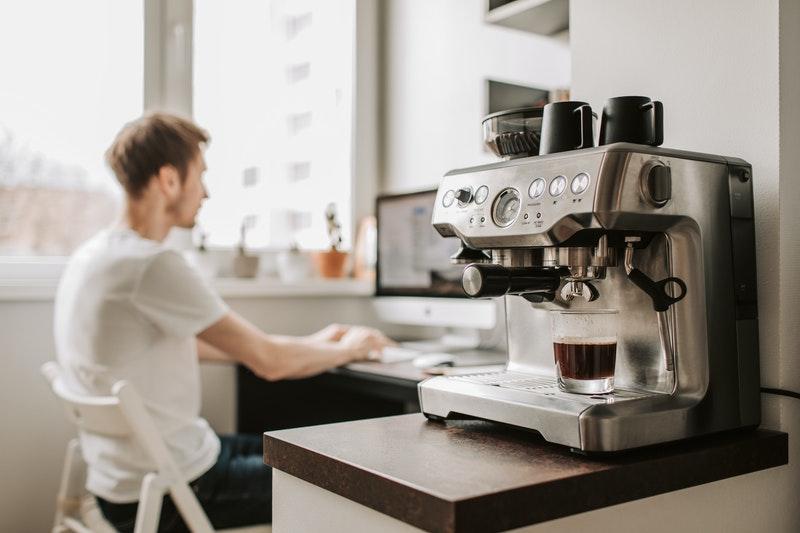 czyszczenie ekspresu do kawy to podstawa dbania o sprzęt