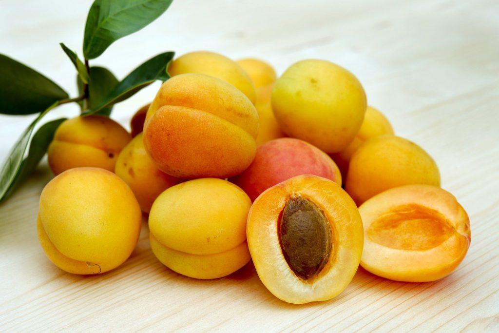 fruktozamina znajduje się w owocach